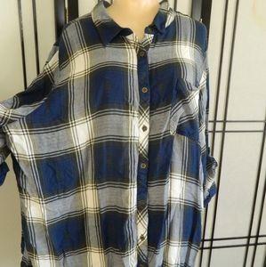 4/$15 Avenue Flannel